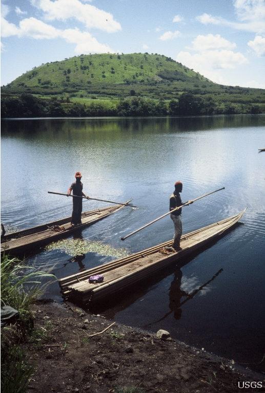 Lake_Nyos_1992_001